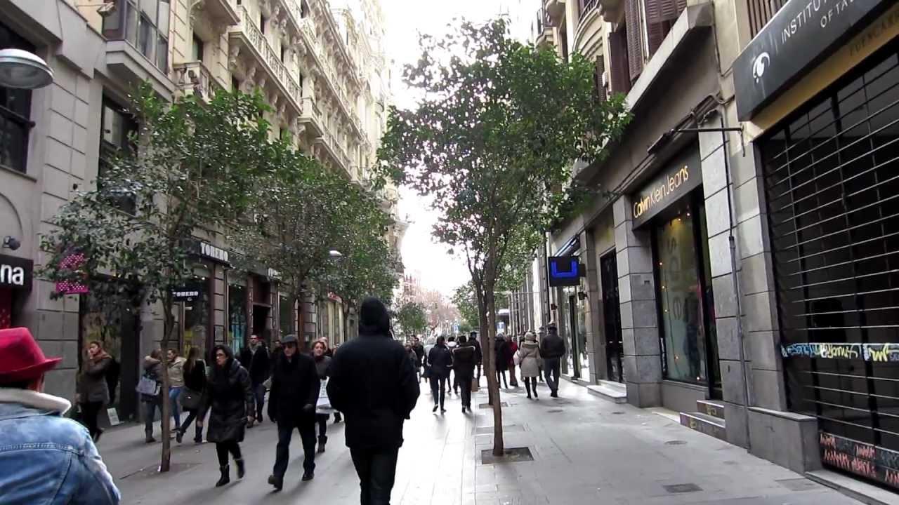 Fuencarral, una de las calles mas comerciales del centro de Madrid